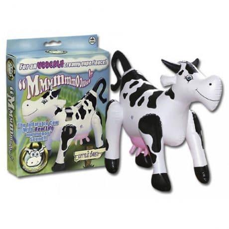 """Uppblåsbar ko som låter """"moooo"""" vid penetration - Perfekt till svensexan!"""